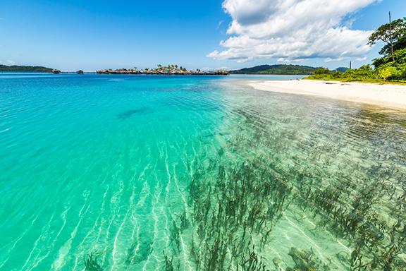 Sulawesi: Strandleben in Bira und Kanuausflug bei Sengkang