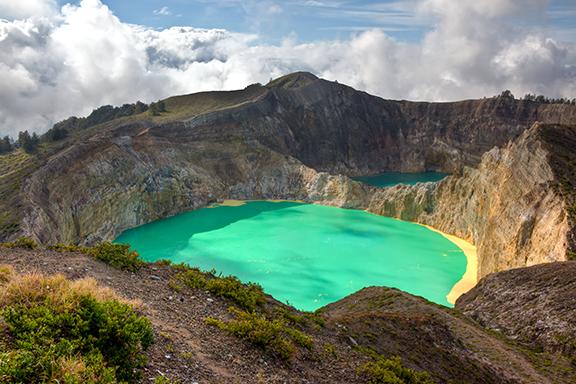 Flores: Jeeptour zum Kelimutu-Kratersee bei Moni