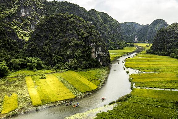 """Trockene und """"nasse"""" Halong-Bucht mit Mai Chau"""