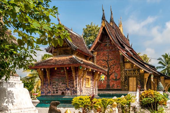 Königsstadt Luang Prabang mit Besuch der Pak Ou-Höhlen